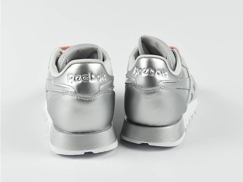 CL LTHR Matte Shine Skull Grey/White/Silver AR3072