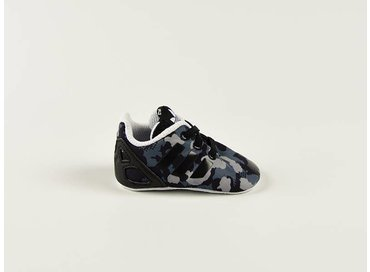 ZX Flux Crib Core Black/Core Black/White S79914