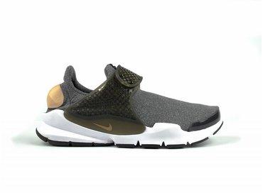 Nike WMNS Sock Dart SE Black/Vachetta Tan/White 862412 001
