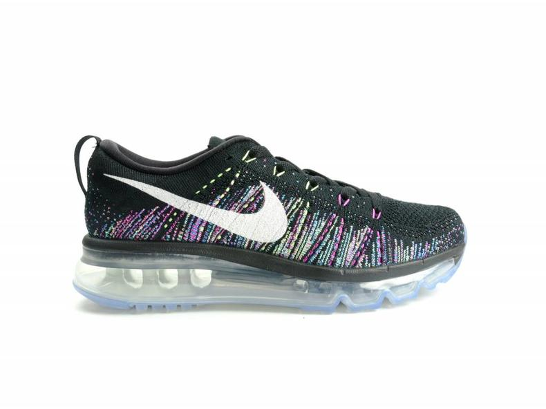 WMNS Flyknit Max Black/Summit White/Ghost Green 620659 007