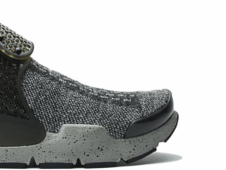 Sock Dart SE Premium Black/White/University Red 859553 001