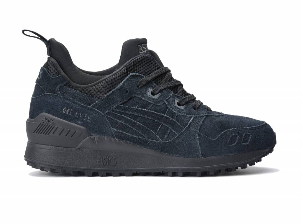 all black asics shoes