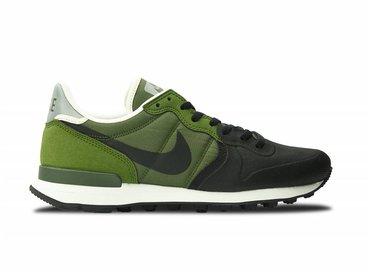 Nike Internationalist PRM SE Legion green/Black Palm green 882018 300