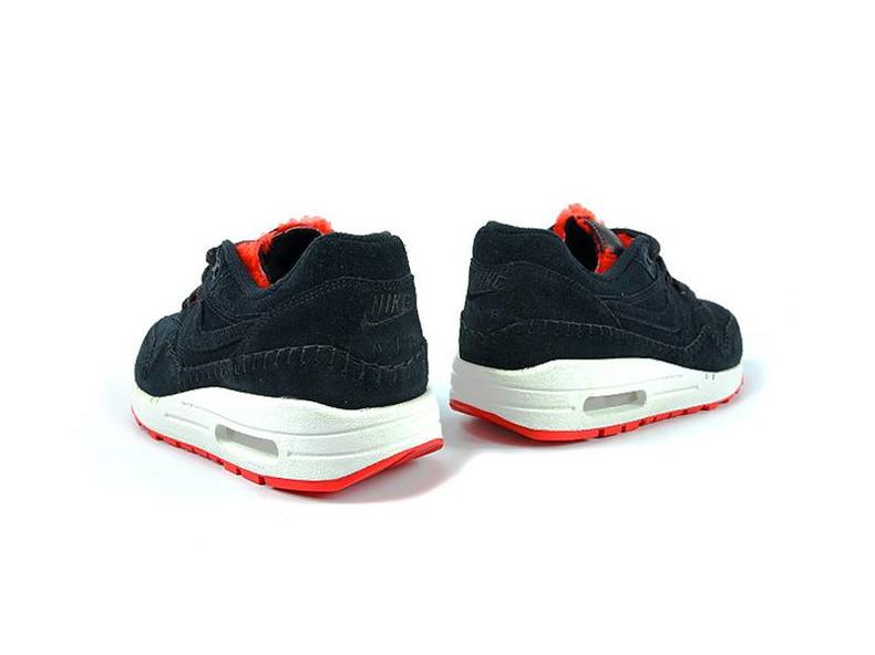 Air Max 1 Sherpa PRM Black Action Red-Summit White 454746 010