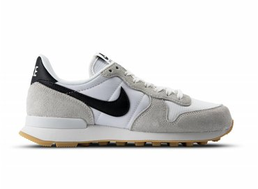 Nike Internationalist Summit White Black Gum Yellow 828407 100