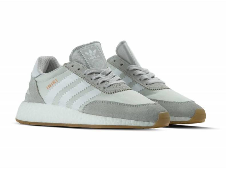 Iniki Runner W Grey One Footwear White BY9093
