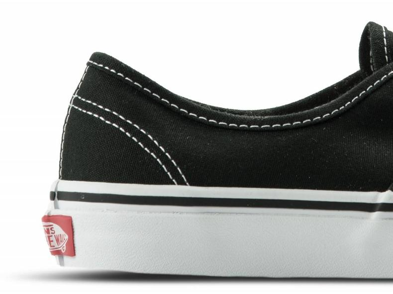 Authentic Black VN000EE3BLK