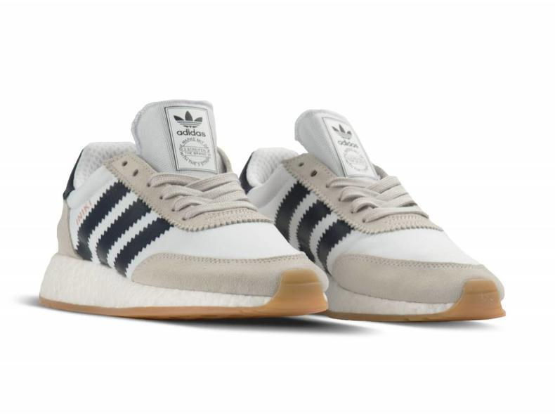Iniki Runner White Collegiate Navy Gum BY9722