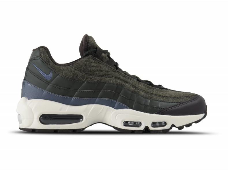 Air Max 95 Premium Sequoia Light Carbon Velvet Brown 538416 300
