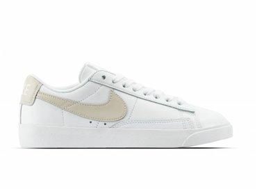 Nike W Blazer Low LE White Desert Sand White AA3961 112