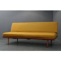 Gele Vintage Design Bank