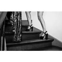 Heels Black & White (75x100)