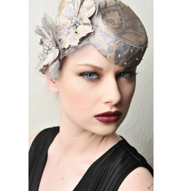 Sarah McGahon Millinery, flower detail, E60 to hire ONLY