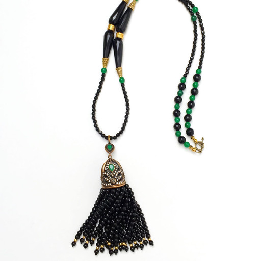 Frock N Fabulous Aria V Dryk Jade necklaceAria V Dryk Jade necklace, Blk, 1