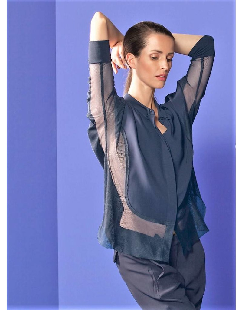 Blouse by Ania Schierholt