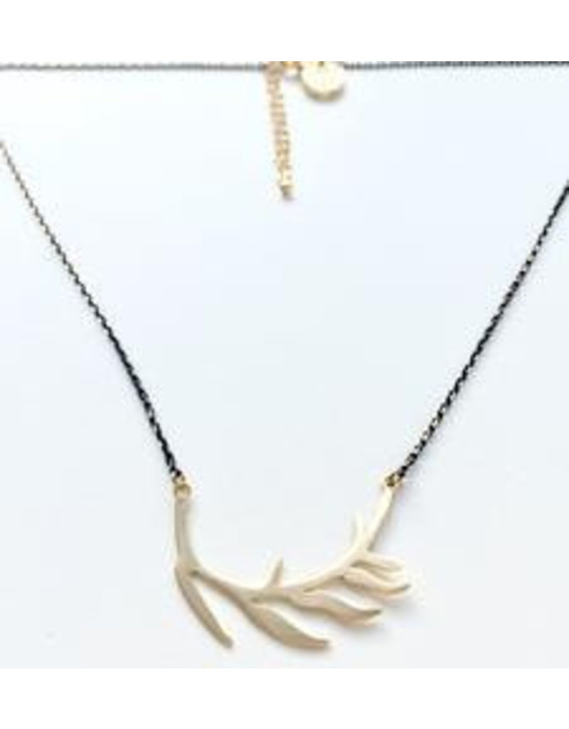 Aria V Jewellery Aria V Leaf Necklace