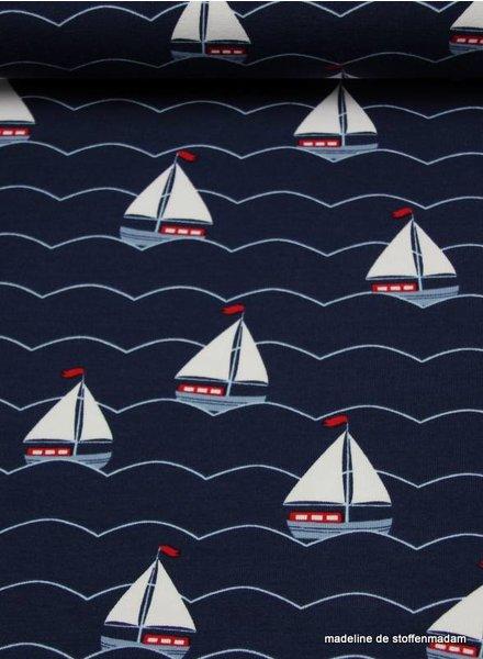 sailboats tricot