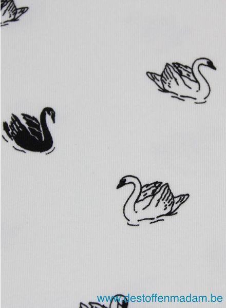 swan tricot