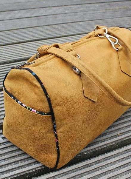 Blanche barrel bag 18/11
