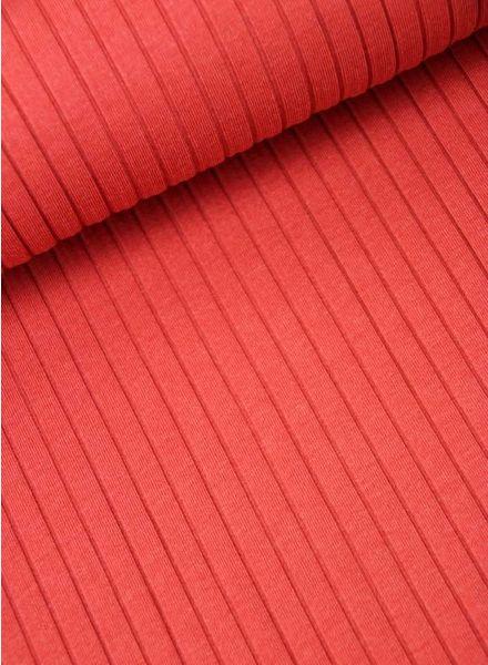 rode geribbelde tricot
