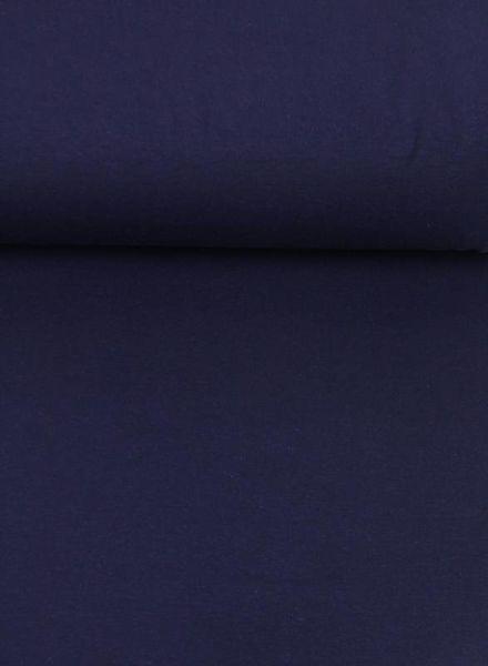 blue sweater - chat chocolat