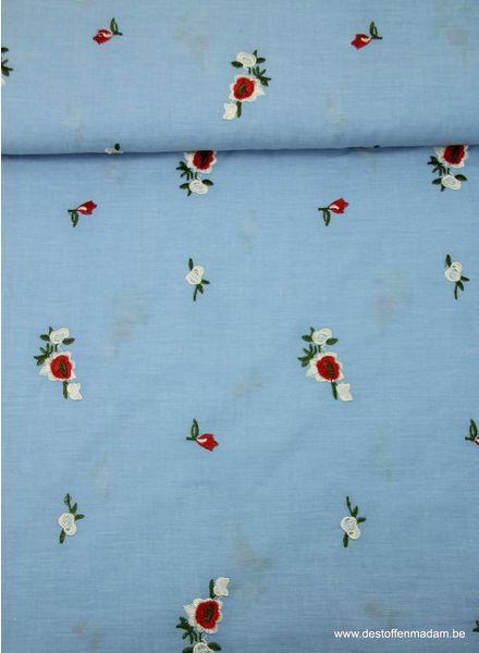 LMV RUMER TOP - geborduurde bloemetjes blauw - katoen