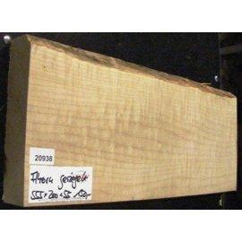 Sycamore, fiddleback, guitar body, 550 x 200 x 55 mm, 3,8 kg