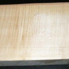 RIEGELAHORN, Gitarrenkorpus, 550 x 200 x 50 mm, 5,2 kg, Wurmlöcher
