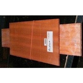 Padouk, afrikanisches Padouk, 550x215x4,5/825x125x4 mm,  luftgetrocknet, Einschnitt 2010