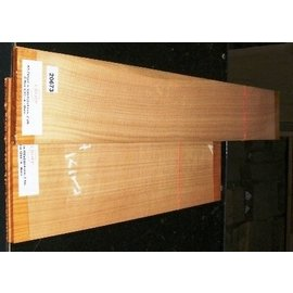 Kirschbaum, europäische Kirsche, 530x230x4/850x130x4 mm, A/B-Qualität, 1,7 kg, Einschnitt 2008