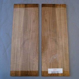 Euro Nussbaum Böden, ca. 520 x 200 x 4 mm, spiegelbildlich, Einschnitt 2009