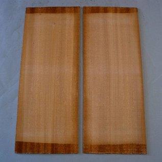 Sapeli Mahagoni Böden, ca. 550 x 215 x 4,5 mm, spiegelbildlich, Einschnitt 2011