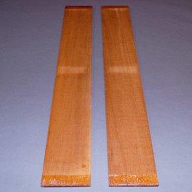 Swietenia Mahagoni, Zargen ca. 780 x 105 x 5 mm
