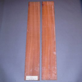Padouk sides, approx. 825 x 125 x 4 mm