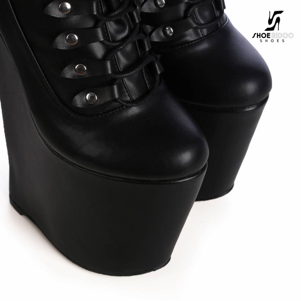 Giaro Black Giaro wedge lace up thigh boots