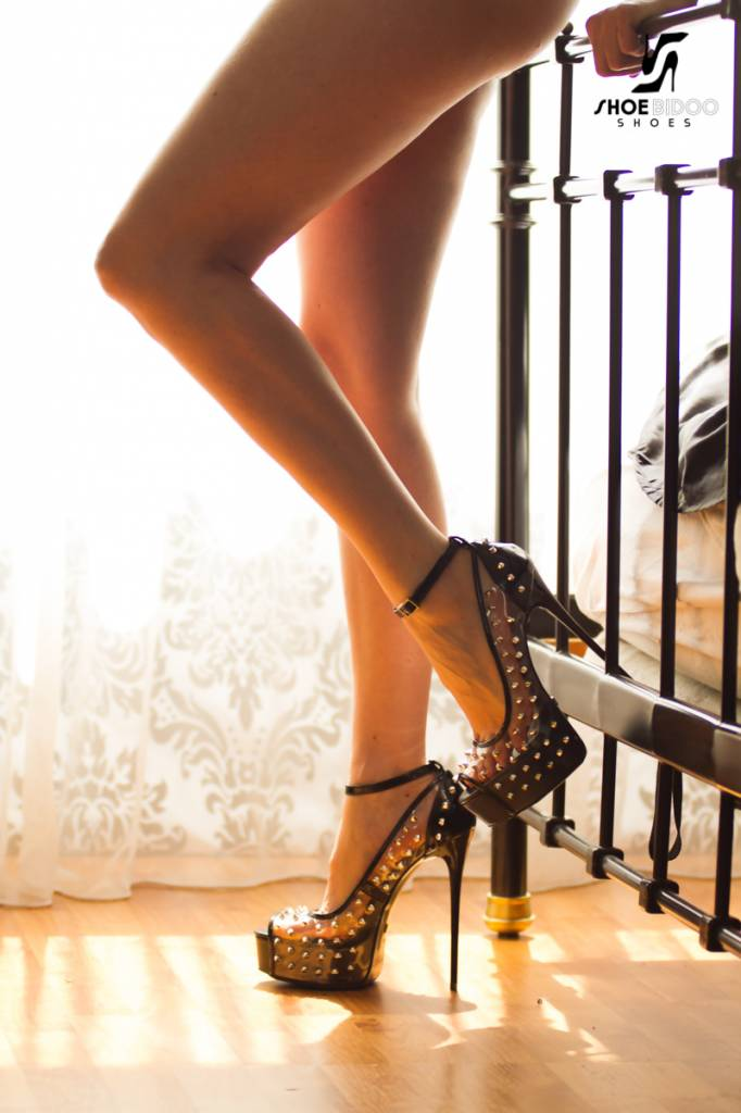 Giaro Unknown model in Galana studded platforms
