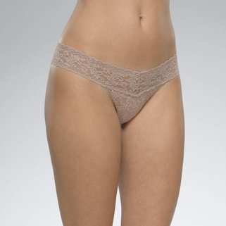 Hanky Panky Low Rise Thong 4911P TAUPE