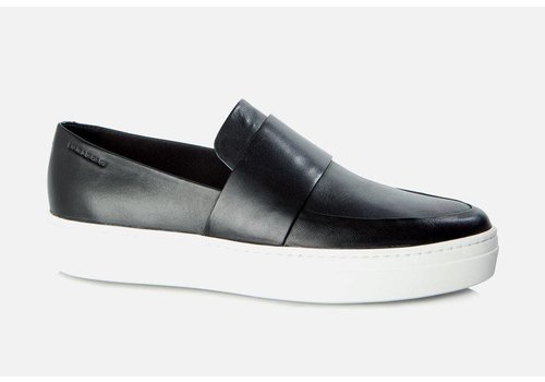Vagabond Camille Black Leather Loafer