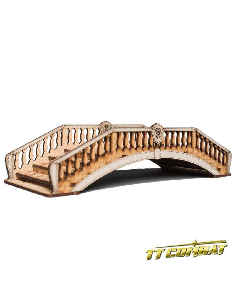 TT COMBAT Lion Bridge