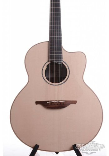 Lowden Lowden 35SE Stage Fingerstyle model HR-AD