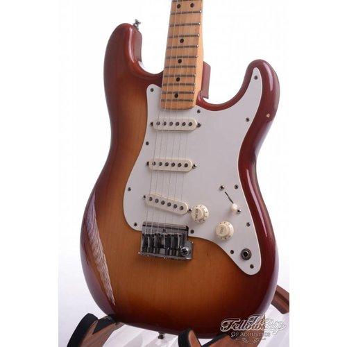 Fender Fender Stratocaster cherry sunburst 1984