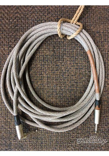Holy Cow Holy Cow Lasso Cable 6 Meter Straight-Angled