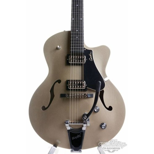 Godin 5th Avenue Uptown Limited Silver Gold TV Jones