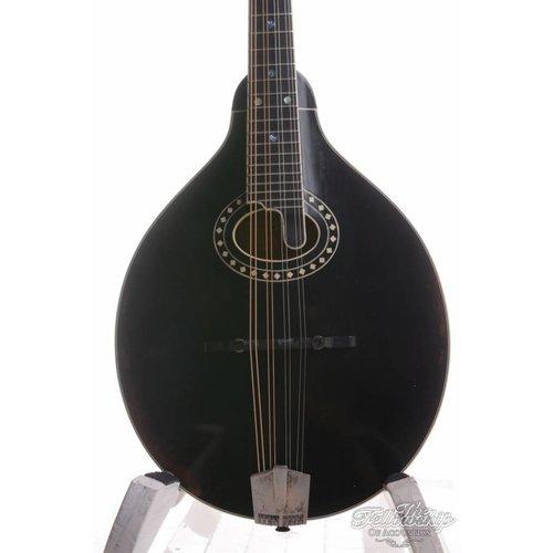 Eastman Eastman MD-804V Varnish Oval Hole Mandolin Antique Black