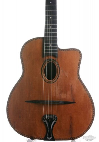 busato Busato Oval Hole Medium model ca. 1943