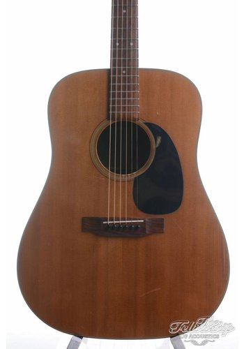 Martin Martin D-18 vintage dreadnought guitar from 1973