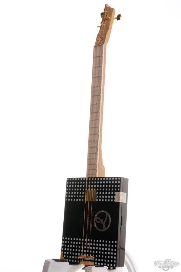 Ziggabox Cohiba Behike 3-string Cigarbox guitar
