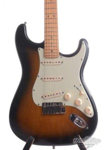 Fender Fender Stratocaster Deluxe 2-tone Sunburst 2006
