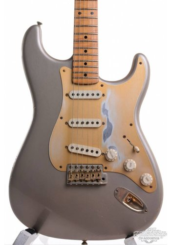 Fender Custom Shop Fender NAMM Limited Edition 1956 Stratocaster Relic Custom Shop Shoreline Gold 2011