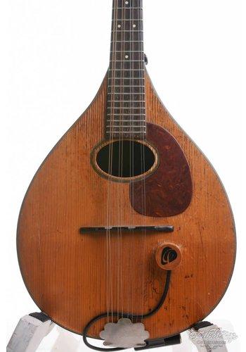 Martin Martin A mandolin 1952